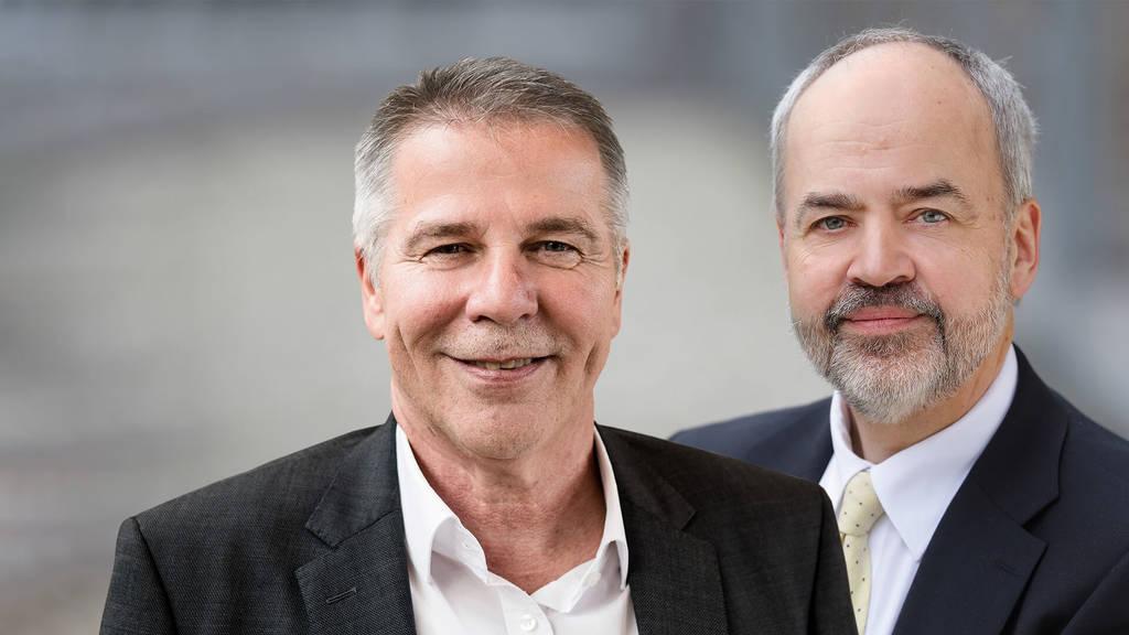 Den Vorsitz der Kommunalen Gesundheitskonferenz hat Landrat Thomas Reumann (rechts). Co-Vorsitzender ist Klaus Knoll, Geschäftsführer der AOK - Die Gesundheitskasse Neckar-Alb.