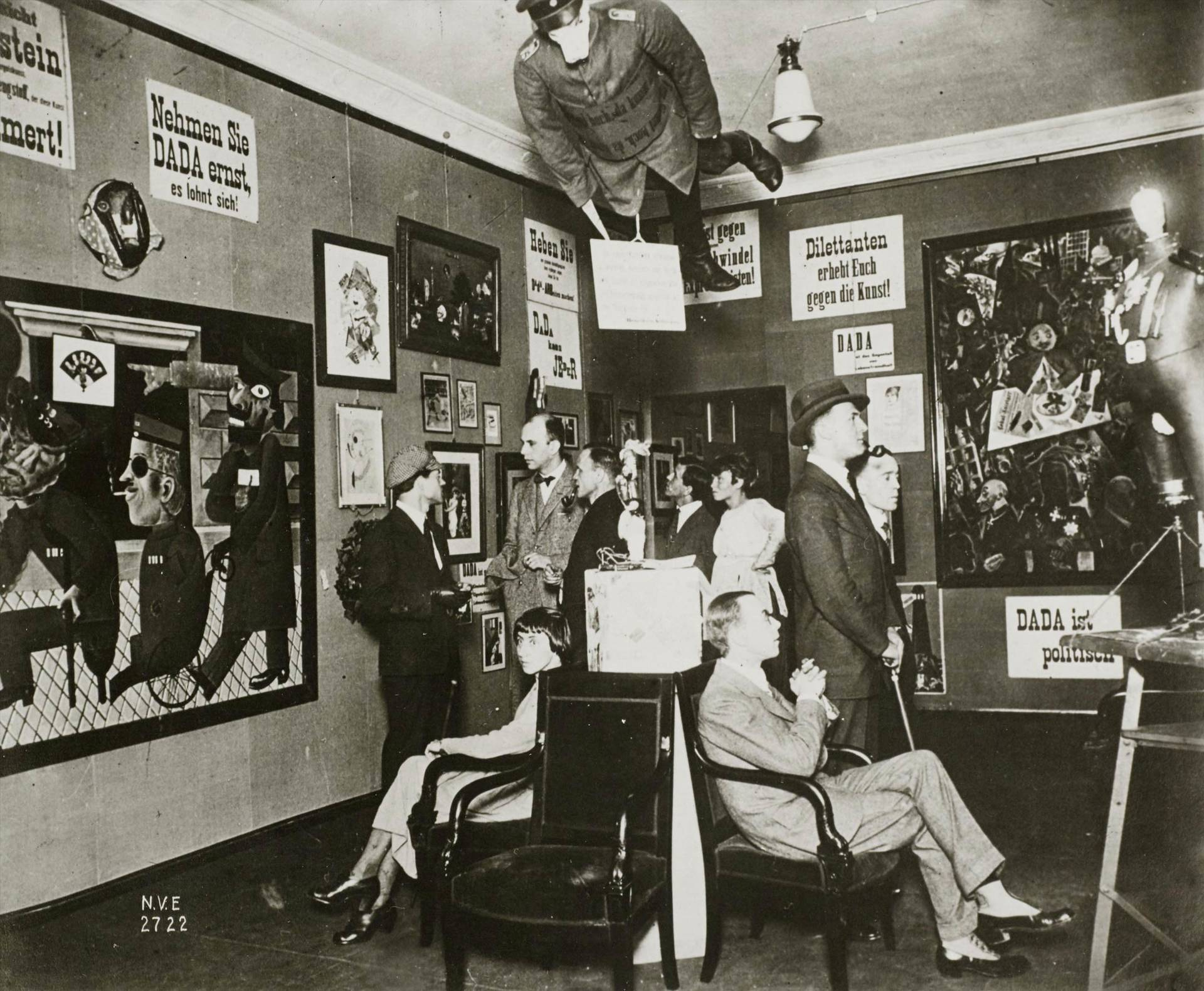 Erste Internationale Dada-Messe (First International Dada Fair), 1920