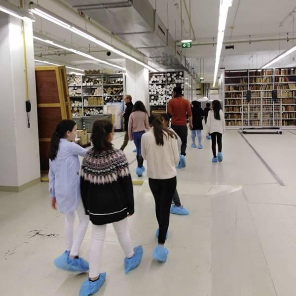 Besuch im Depot der Akademie der Künste