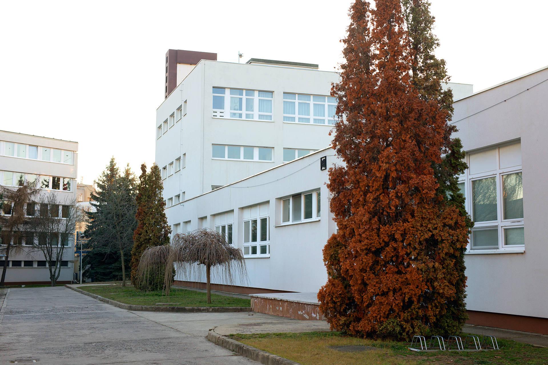 Das Atomki-Forschungsinstitut in Debrecen, Ungarn, gibt es seit 1954. Etwa 100 Forscher arbeiten dort an Fragen aus Atomphysik und Materialwissenschaft.