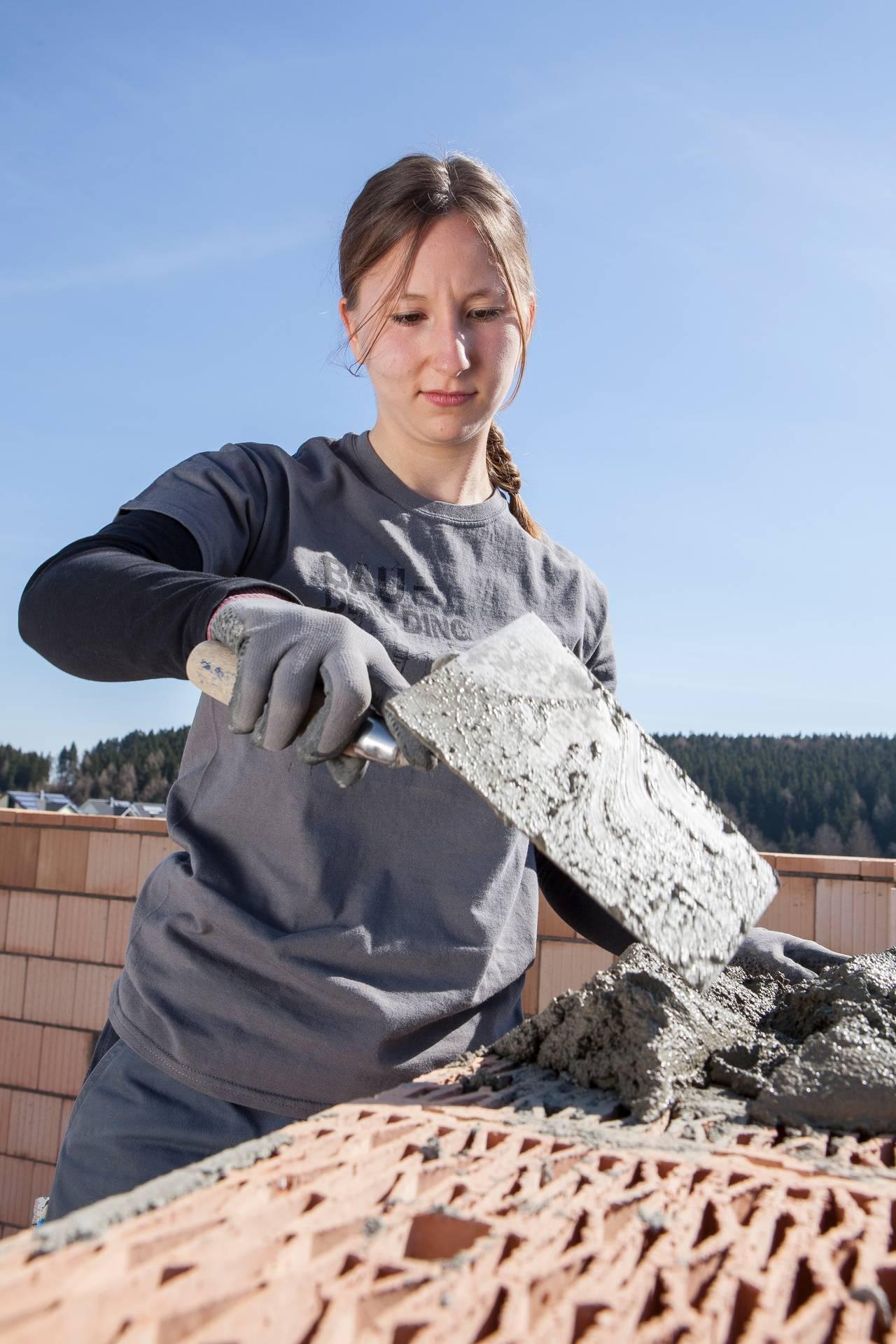Jennifer Heinzmann verbindet Studium und handwerkliche Lehre mit dem Biberacher Modell.
