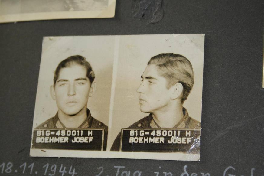 Am zweiten Tag der Gefangenschaft entstehen diese Fotos von Josef Böhmer. (Foto: Marion Buck)