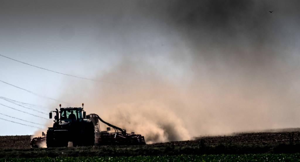 Mit Agrar-Bürgschaften wollen die Bürgschaftsbank Baden-Württemberg und die L-Bank den Landwirten helfen. Doch bisher nehmen nur wenige Bauern die Möglichkeit in Anspruch.