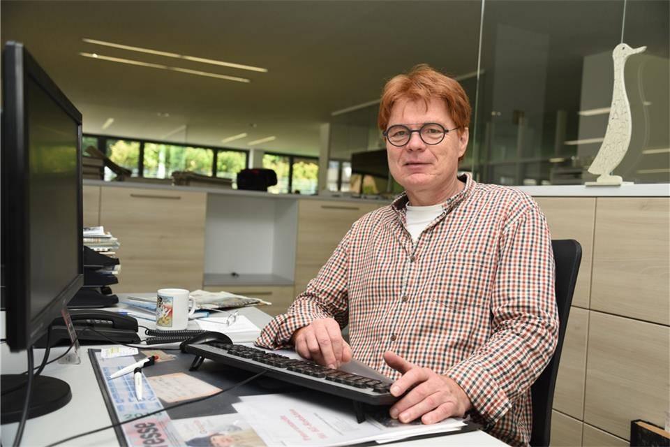 Florian Muhl aus Backnang am BZ-Schreibtisch.