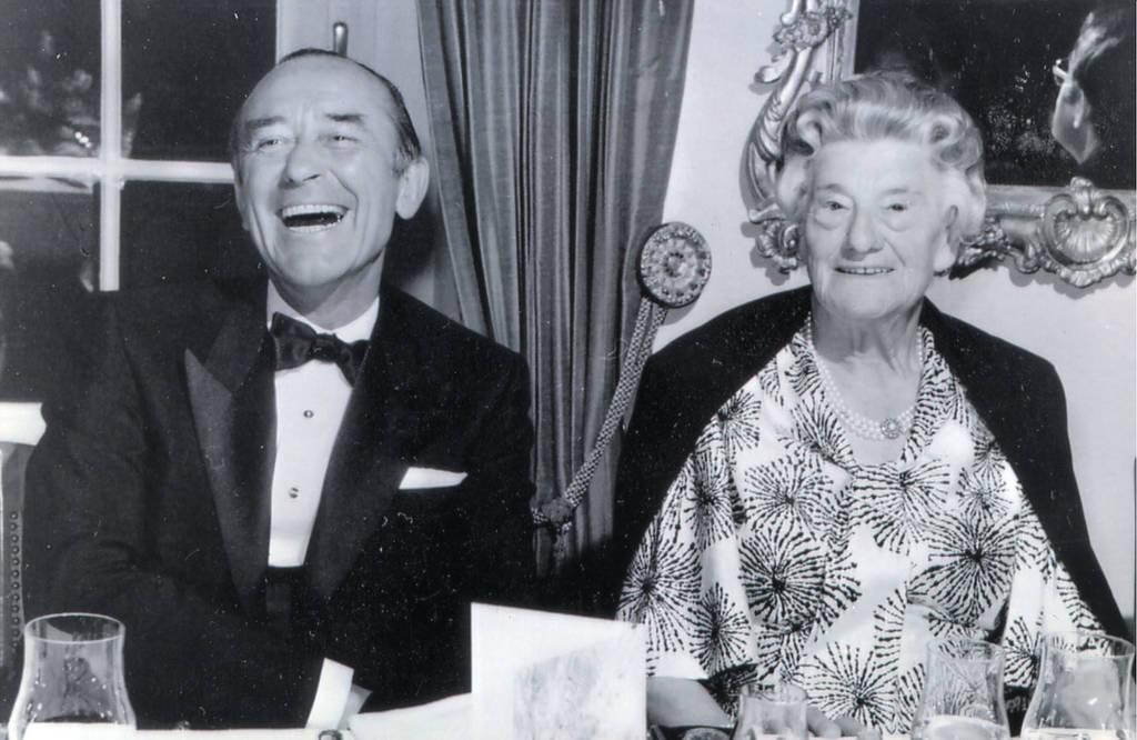"""Mit seiner Schwiegermutter hatte Albert Sefranek nicht immer gut lachen. Die Sache mit den Jeans, von Luise Hermann """"Karussellfahrerhosen"""" genannt, behagt der Firmengründerin zunächst gar nicht.Foto: privat"""