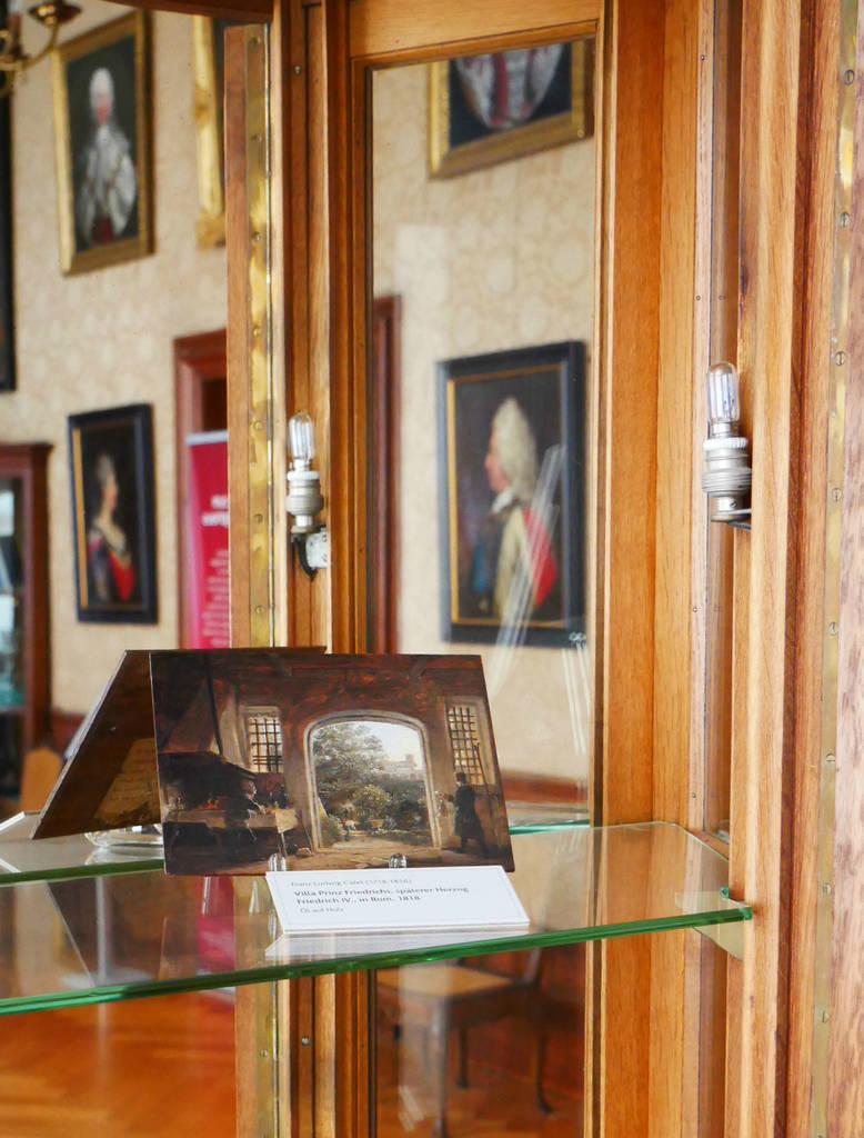 """Der """"Blick in den Garten"""" in den historischen Räumen auf Schloss Friedenstein"""