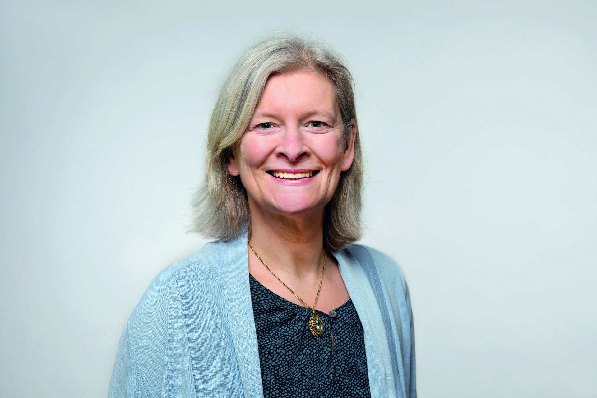 Daniela Schlögl ist Pflegeberaterin bei der Hamburger Angehörigenschule, die zur Diakonie gehört