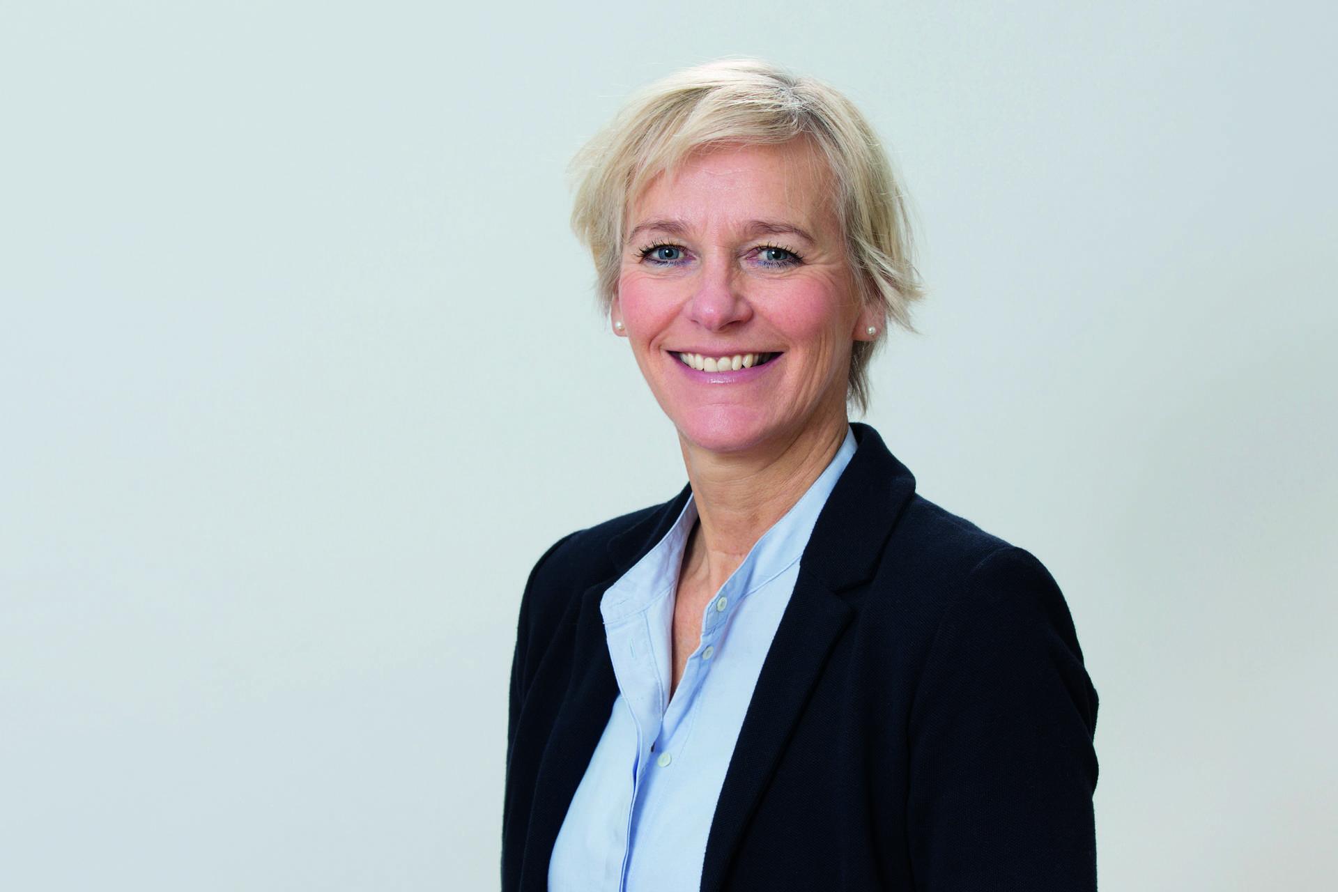 Katrin Kell leitet den Fachbereich Pflege und Senioren im Diakonischen Werk Hamburg