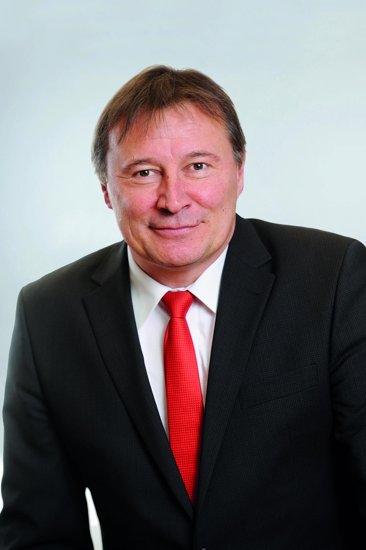 Stefan Rehm  ist im Vorstand des Diakonischen Werkes Hamburg zuständig u. a. für die Fachbereiche Pflege und Senioren sowie Finanzen.