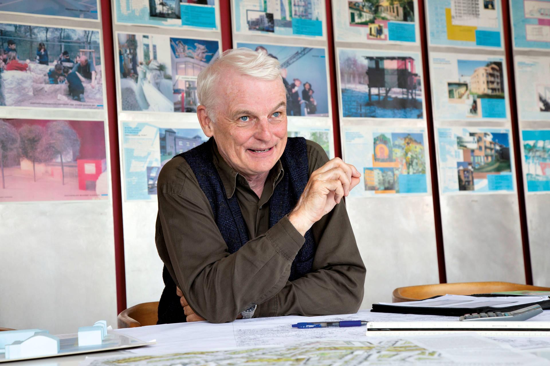 Tobias Behrens von der Stattbau Hamburg GmbH sieht großes Potenzial für einen sozial ausgerichteten Wohnungsbau bei den Wohnstiften.