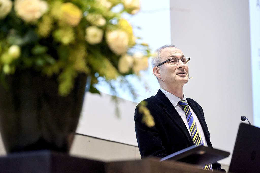 Die PHBern dankt Bernhard Pulver für sein Engagement für die Lehrerinnen- und Lehrerbildung im Kanton Bern (Bild: Perspektiven 2016).