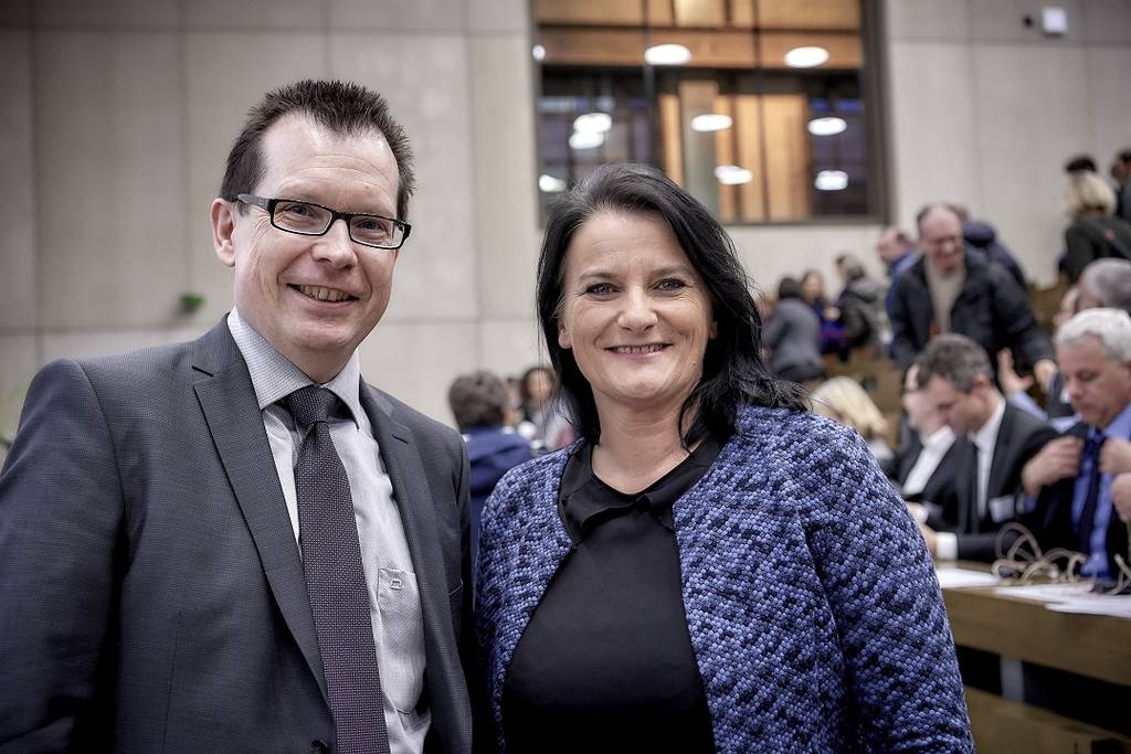 Erziehungsdirektorin Christine Häsler mit Martin Schäfer, dem Rektor der PHBern, an den PHBern Perspektiven