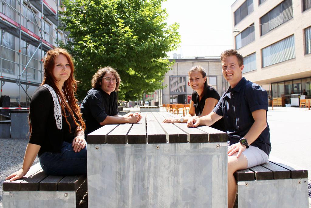 Studierende des Masters in Fachdidaktik NMG+NE. Von links: Sina Rast, Markus Fischer, Isabelle Föllmi, Rolf Künti