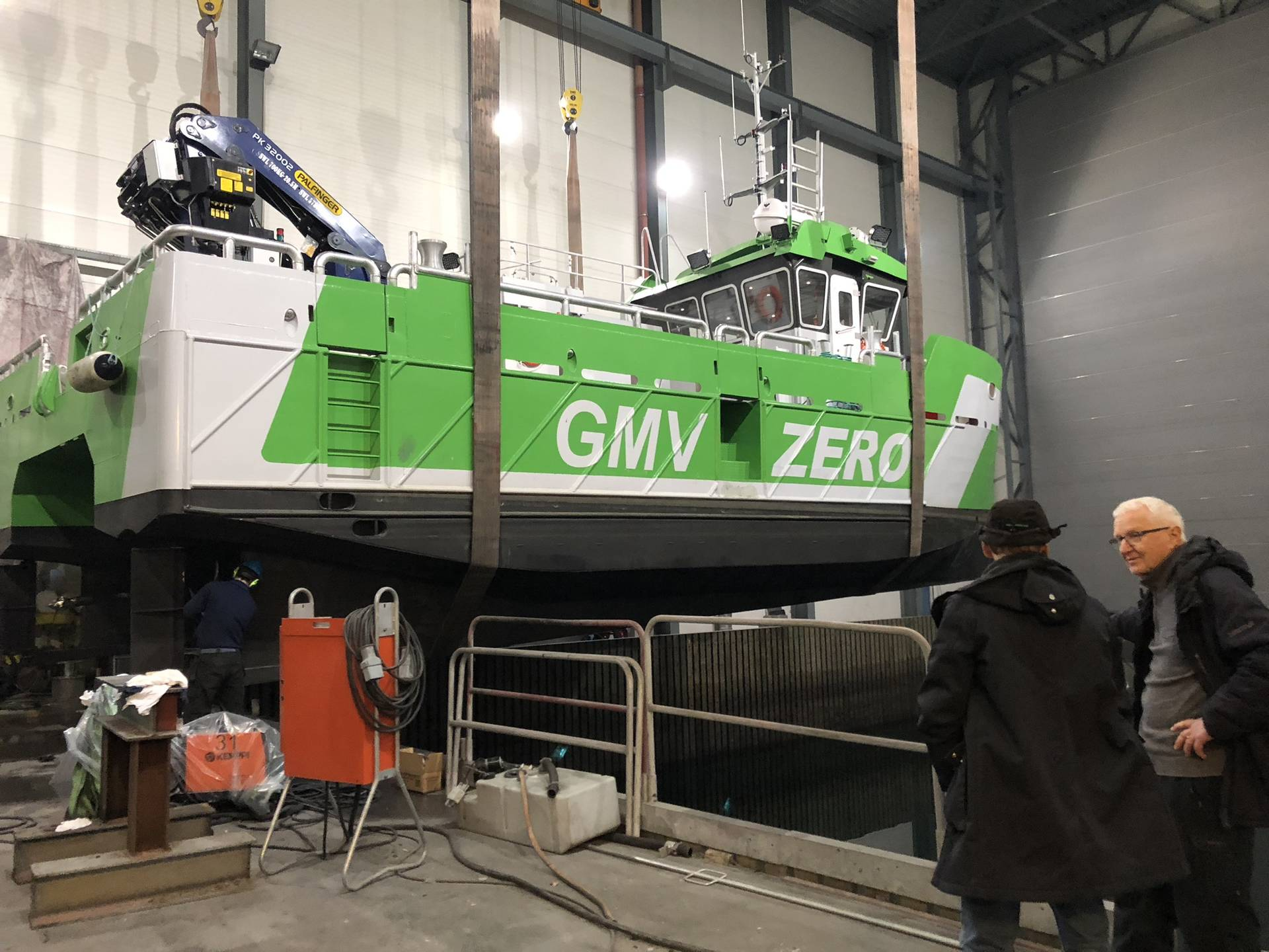 Astrid Helene is a 14-meter-long and 8-meter-wide aluminum catamaran workboat. Photo from the last part of the construction phase at Grovfjord Mekaniske Verksted.