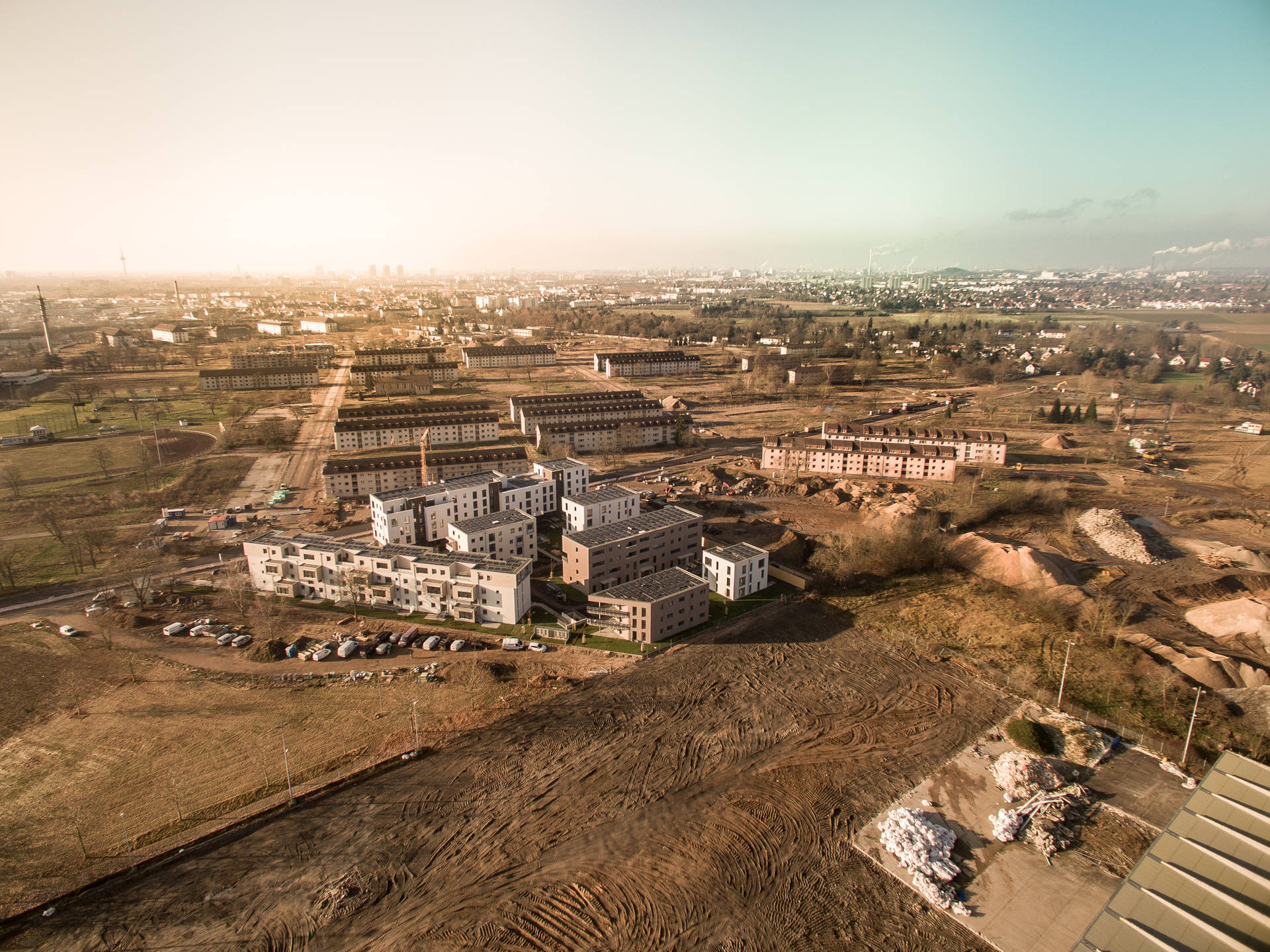 Rasant wandelt sich das verlassene Militärgelände in ein lebendiges Stadtquartier